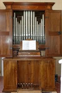 """Organo da """"sala"""" Giovanni Fedeli del 1757 - Chiesa S. Agostino"""