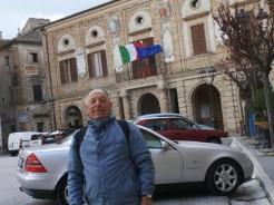 Henry J. Novaira in Piazza Matteotti. Foto gentilmente concesse da Oscar Tramannoni
