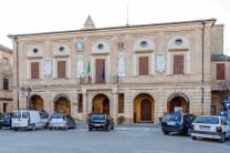 Palazzo Comunale facciata. Foto di Sergio Ceccotti.